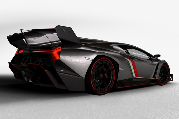 lamborghini-unveils-the-4-7-million-usd-veneno-for-its-50th-anniversary-4