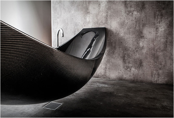 vessel-hammock-bathtub-3