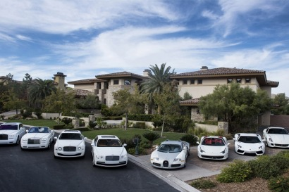 Floyd-Mayweather-Car-Collection-01